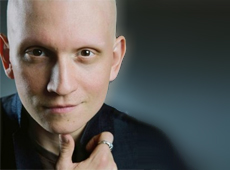 Actor Anthony Carrigan in Gotham
